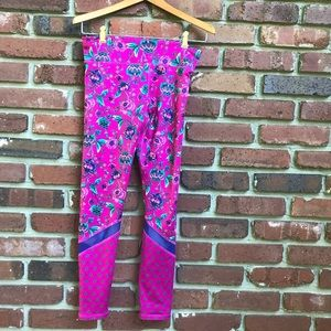 Old Navy Active Wear Floral Leggings Fuchsia Girls